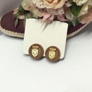 Unique Vintage gold tone & wooden earrings